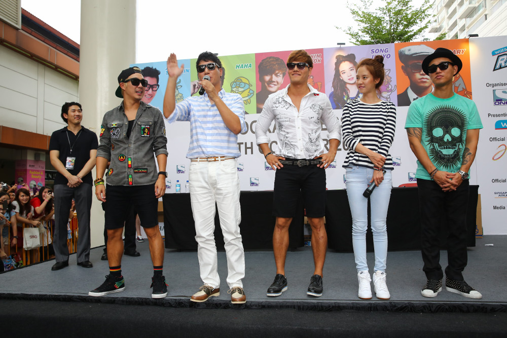 Running Man, Autograph session 3, 191013 (ONE)