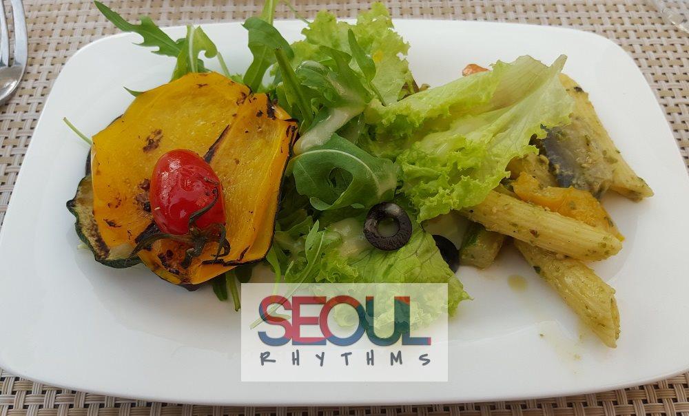 Grilled vegetables, salad