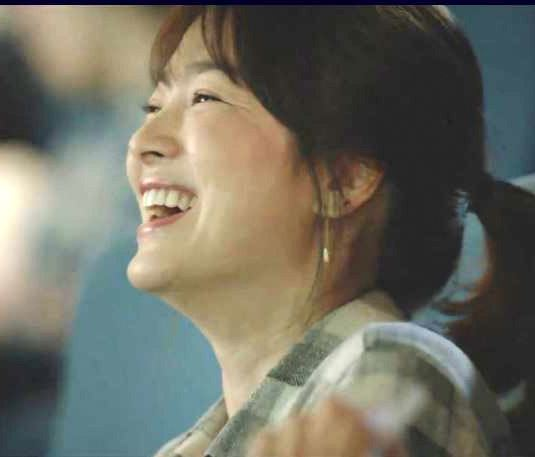 Descendants of the Sun, Song Hye Kyo, Earrings