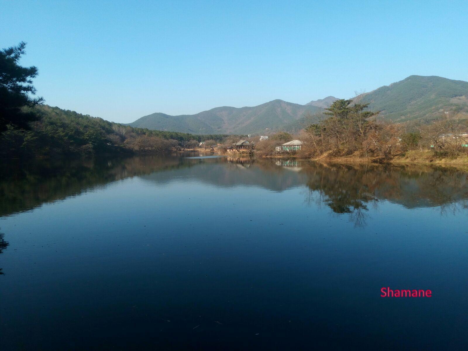shamanes-wiyangji-pond-2